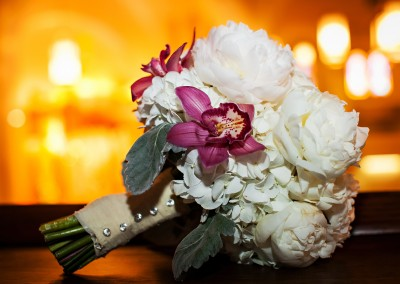 Best Tampa Wedding Florist - Northside Florist White Wedding Bouquets